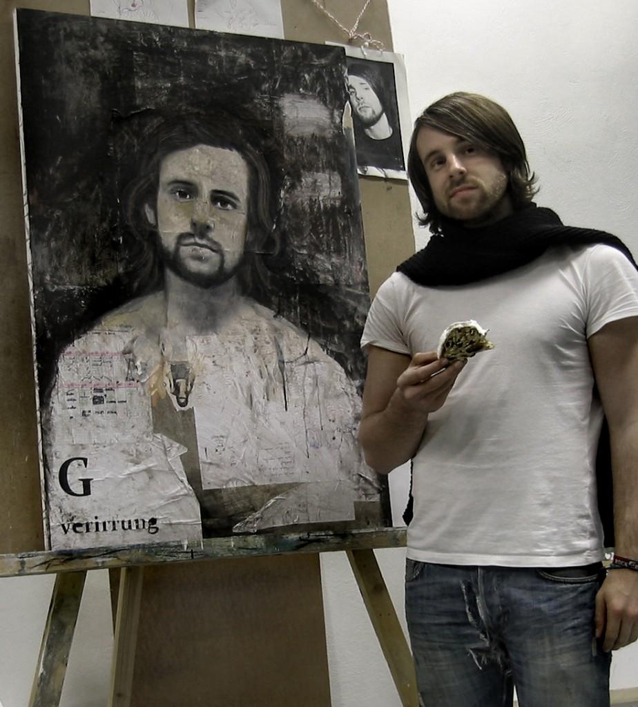 """Dominik vor dem Bild - """"Spiegelgeburt"""" 2009"""